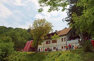 planinarski-dom-zeljeznicar_475_0_withoutgrow